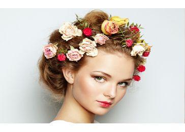 Цветы как украшение прически