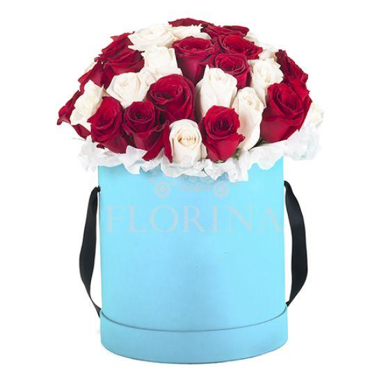 """Коробка цветов """"Унисон"""""""