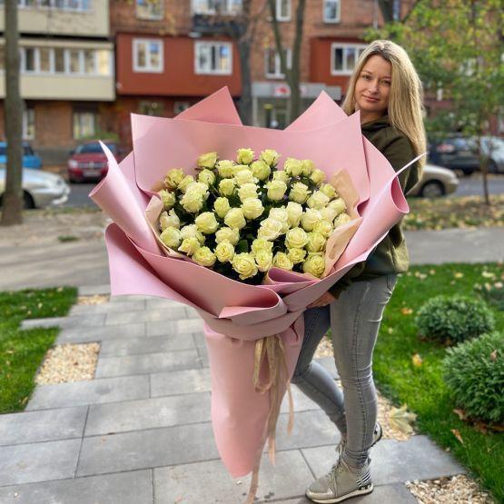 9 красных тюльпанов