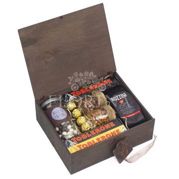 "Подарочная коробка ""Бон Пари"""