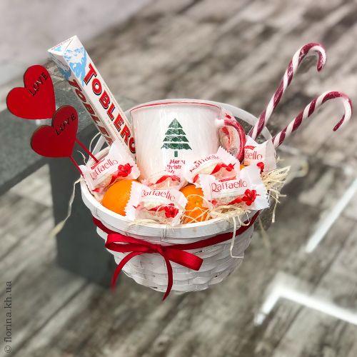 """Композиция в корзине """"Merry Christmas"""""""